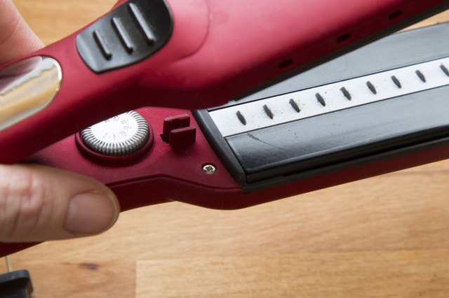 How to Clean the Ceramic Plates on a Hair Straightener