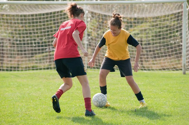 If you played sports as a child or teen, you're more likely to suffer from knee pain today.