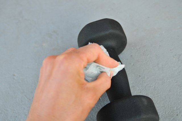 How to Clean Up Barbell Weights
