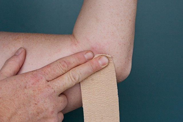 How to Wrap a Tennis Elbow