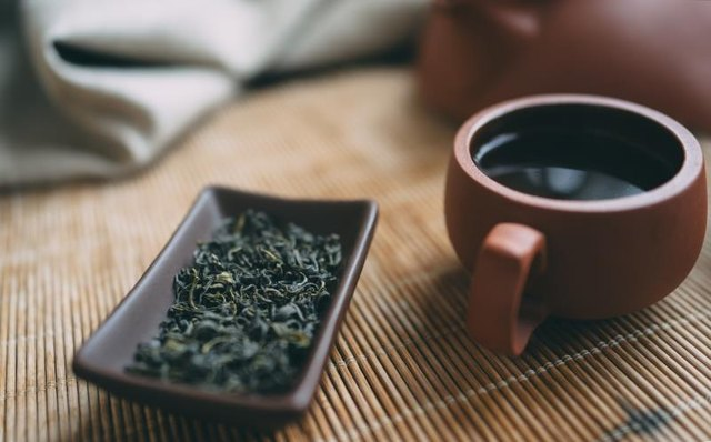 Green tea stimulates the fat-burning process.