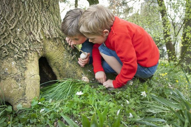 4 Easter Games to Play Outdoors