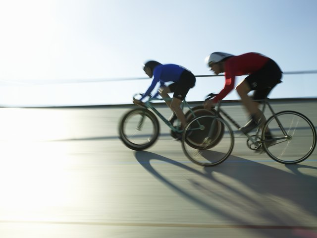 For a 150-lb triathlete, cycling would burn approximately 682 calories.