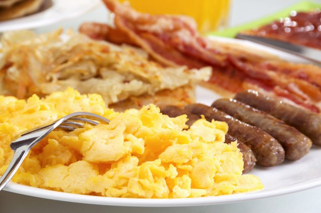 Proteins in the form of eggs, meats, dairy and other breakfast products are helpful tools in sustaining a manageable weight loss program.