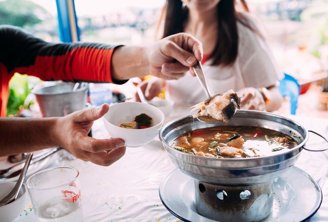 One of the ways you can prepare fish is by following a Tom yum hotpot recipe.