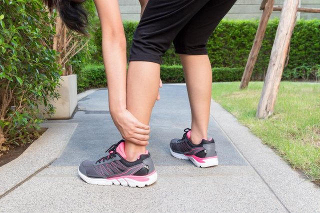 5 Things You Need to Know About Foot Cramps