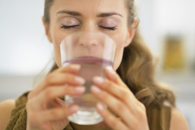 Side Effects of Drinking Water With High Haloacetic Acids