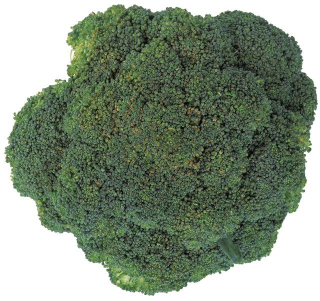 Broccoli and other cruciferous vegetables could reduce your risk for developing colon cancer.
