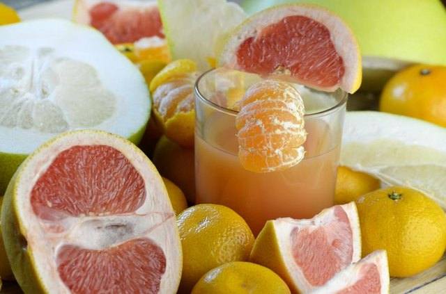 Does Grapefruit Juice Thin Your Blood?