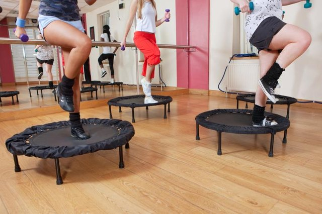 Which Is a Better Mini Trampoline: One With or Without Springs?