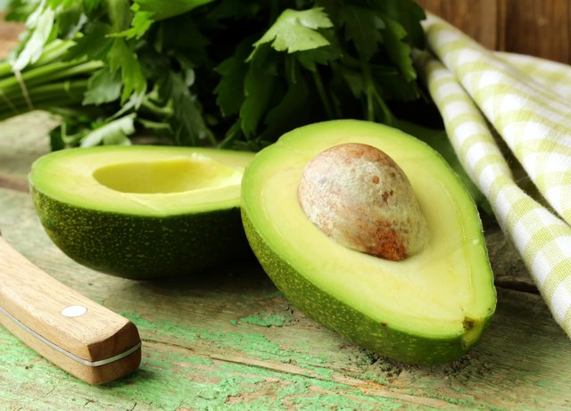 use fresh avocados to make a facial mask