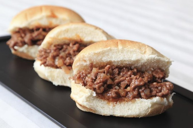 The Calories in a Sloppy Joe Sandwich