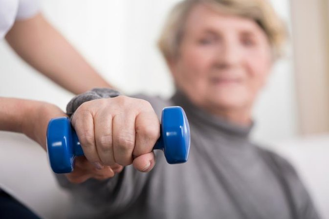 How to Treat Hand Tremors by Exercising