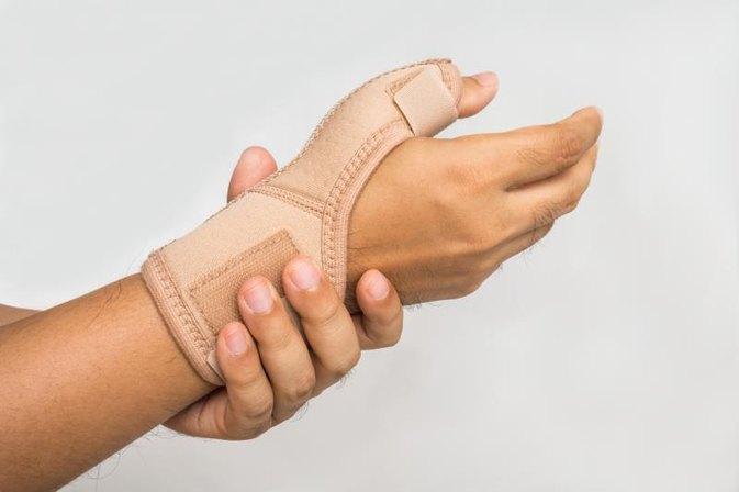 Vitamin B Supplement Therapy for Carpel Tunnel Syndrome