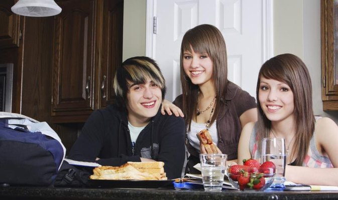 Benefits for Teenagers to Eat Healthy
