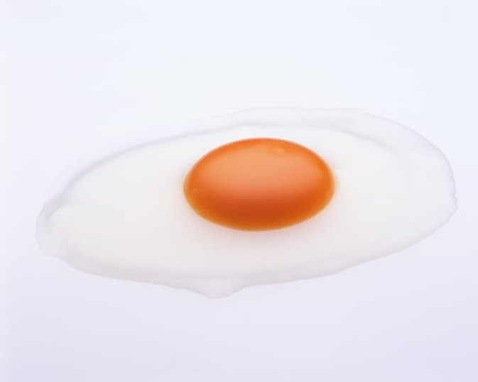 How to Use Egg Whites to Treat Acne