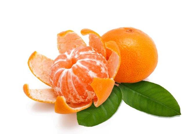 Clementine Oranges Vs. Mandarin Oranges | LIVESTRONG.COM