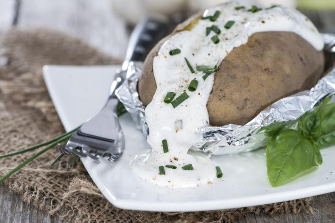 How to Bake a Potato in a Convection Oven Wrapped in Aluminum Foil