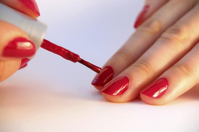 What Ingredients in Nail Polish Are Harmful to Pregnant Women?