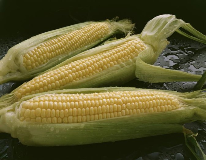 Nutritional Content of a Medium-Size Corn on the Cob