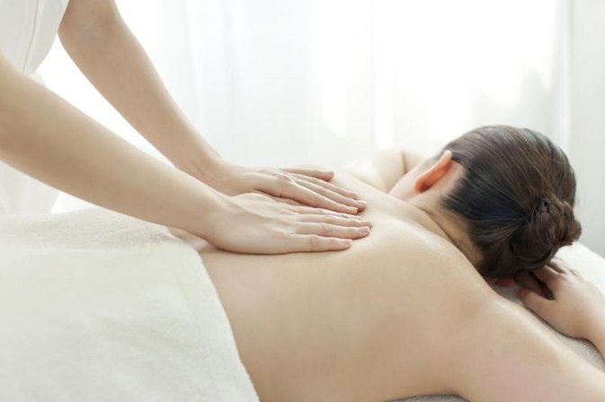 What Are the Benefits of Massage for Lupus?