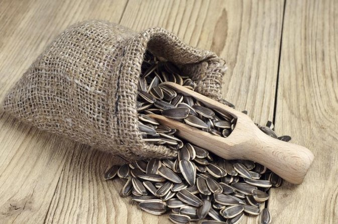 What Are the Dangers of Eating Too Many Sunflower Seeds?