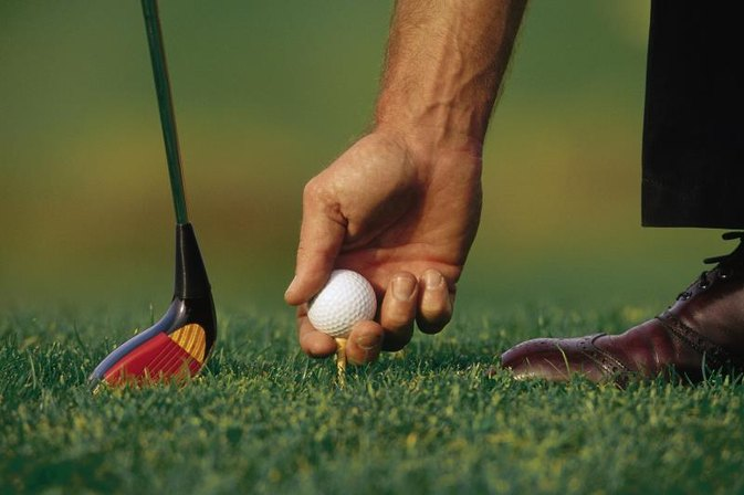How to Stop Hitting the Golf Ball on the Toe of the Clubface
