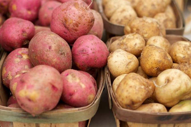 Are Red Potatoes Healthier Than White Potatoes?