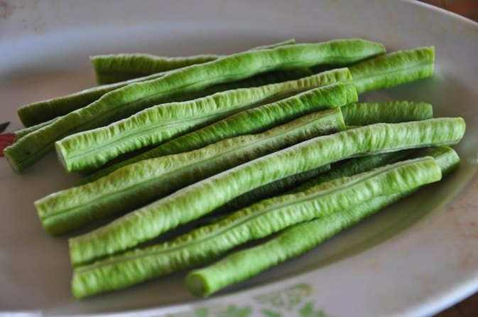 How to Cook Field Peas With Snaps