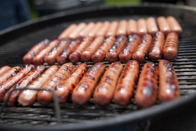 What Is the Nutritional Value in Hot Dogs?