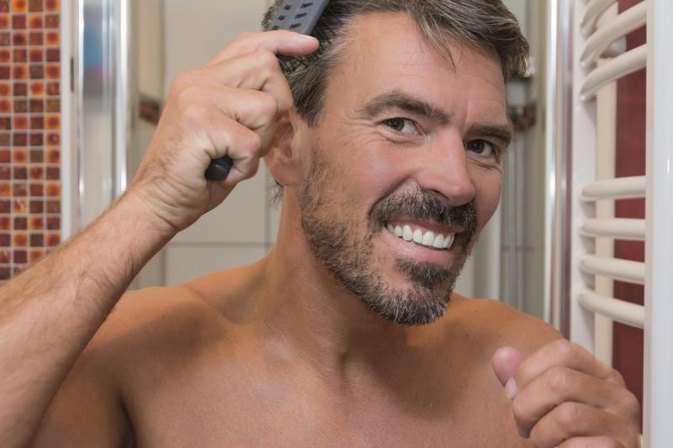 How to Check Your Brush or Comb for Hair Loss