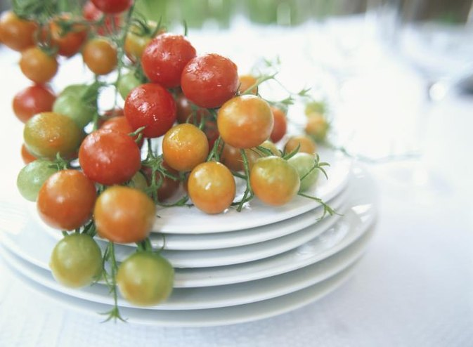 How to Blanch & Freeze Tomatoes