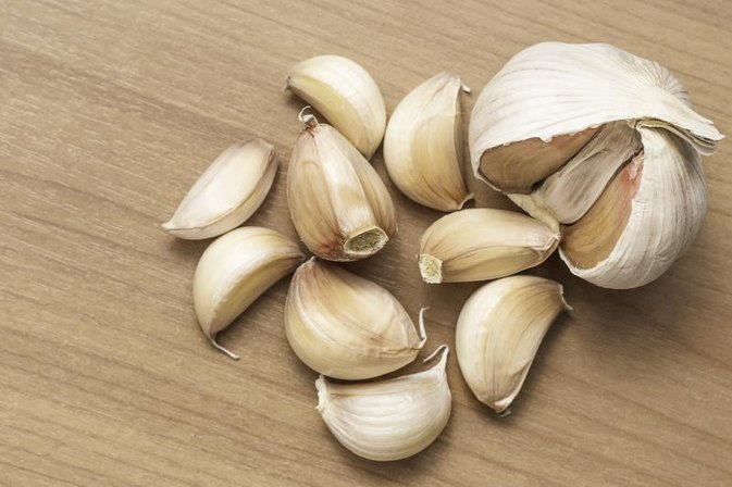 Eating Raw Garlic & Botulism