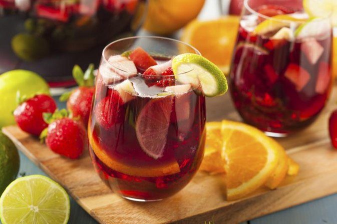 What Are the Health Benefits of Sangria?