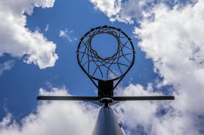 Set-Up Instructions for a Huffy Sports Basketball Goal