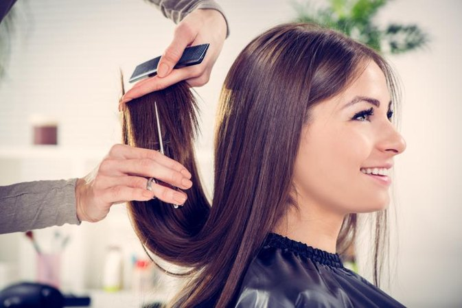 How to Use a Perm to Straighten Hair