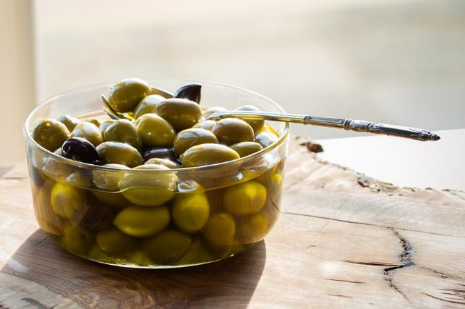 Vitamins in Olives