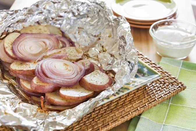 Can I Cook on Aluminum Foil in the Broiler?