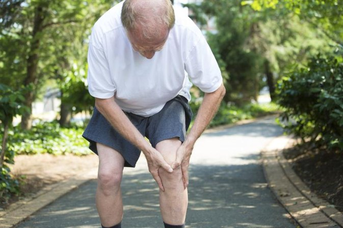 Knee Pain After ACL Reconstruction