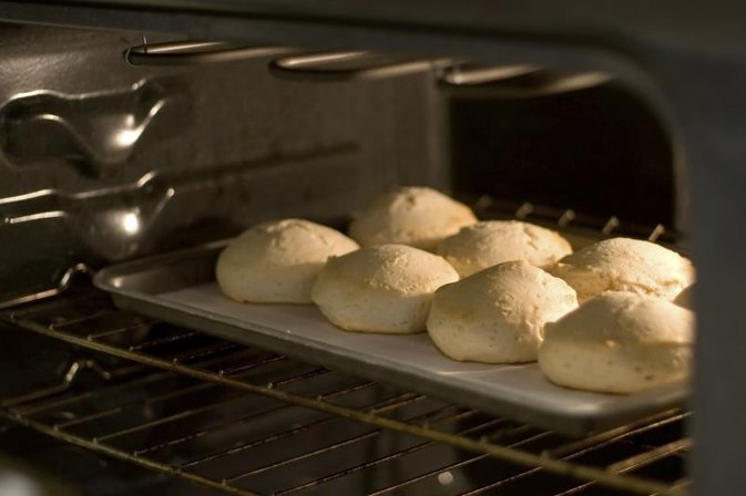 What Can Be Used to Substitute for Shortening in Baking Biscuits?