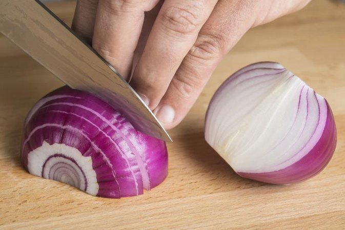 How to Store Fresh Sliced Onion