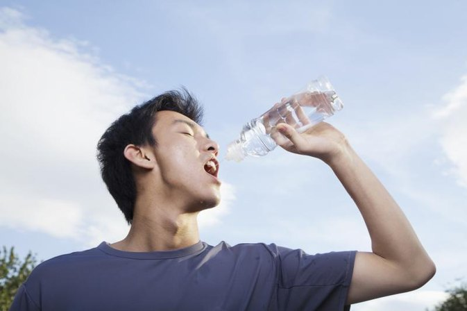 How Many Liters of Water Should You Drink?