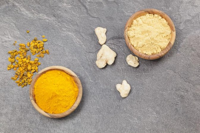 What Are the Differences Between Ginger and Turmeric?