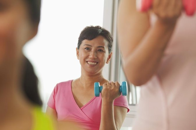 How Fast Can Women Lose Weight With an Exercise Routine?