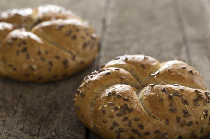 What Are the Benefits of Whole-Wheat Bagels?