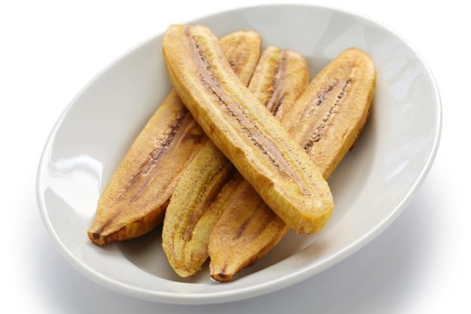 How to Cook Plantains by Grilling & Baking