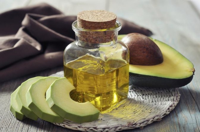 Natural Hair Treatments for Dry & Damaged Hair