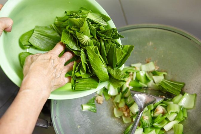 How Do I Prepare and Use Bok Choy?