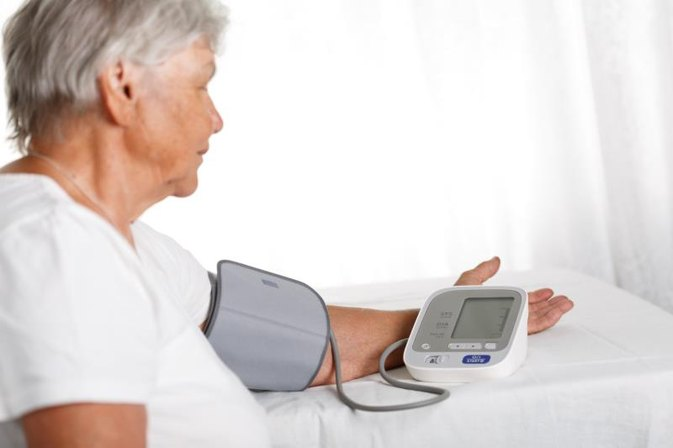 How Do Automatic Blood Pressure Monitors Work?