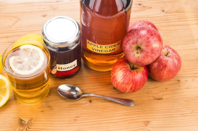 Does Taking a Spoon Full of Apple Cider Vinegar Every Night Really Help You Lose Weight?